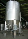 Universal fermenter for red wine